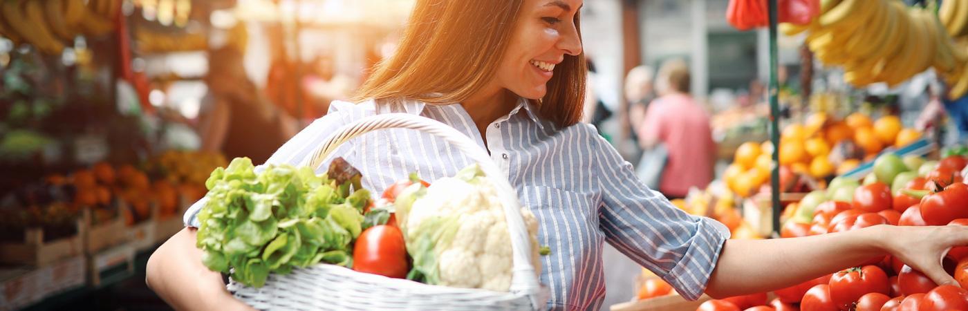 Diabetes heißt nicht verzichten: Eine Balance aus Nährstoffen, Vorlieben & Bedürfnissen bringt eine abwechslungsreiche Ernährung auf den Teller.