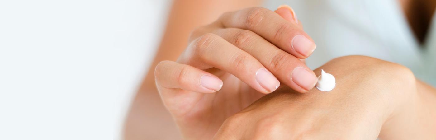 Allein das Blutzuckermesssen ist bei Diabetes ein guter Grund für eine regelmäßige Handpflege